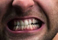 В Краснодарском крае мужчина пытался спрятать наркотики во рту: правоохранители не дали уйти подозреваемому