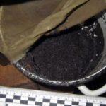 В Якутии мужчина изготавливал наркотики прямо в гостиничном номере